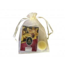 Бальзам для губ «Череда» с маслом кокоса и ромашкой